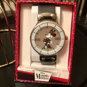 NEW Minnie Mouse watch